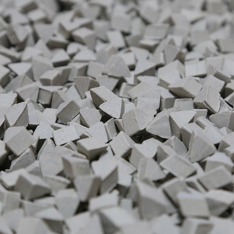 3//8 X 1//4 Triangle Abrasive Ceramic Tumbling Media 5 Lbs